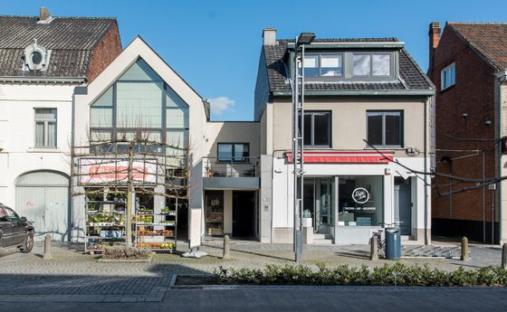 Gelijkvloerse verdieping te koop in Peer
