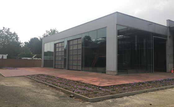 Industrieel gebouw te huur in As