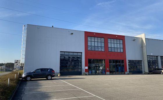 Industrieel gebouw te huur in Bilzen