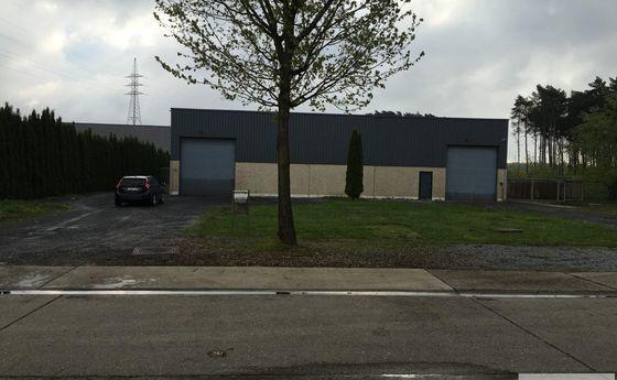 Industrieel gebouw te huur in Dilsen-Stokkem