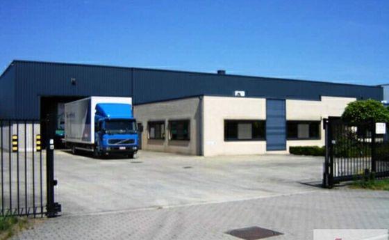 Industrieel gebouw te huur in Olen