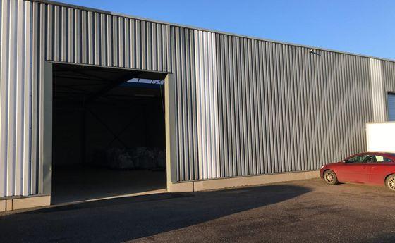 Industrieel gebouw te huur in Opglabbeek