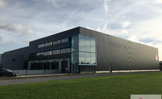 Industrieel gebouw te huur in Paal