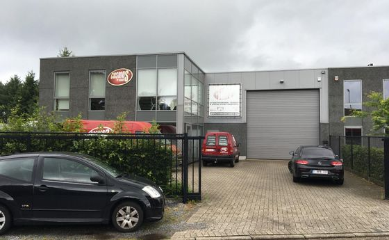 Industrieel gebouw te koop in Overpelt