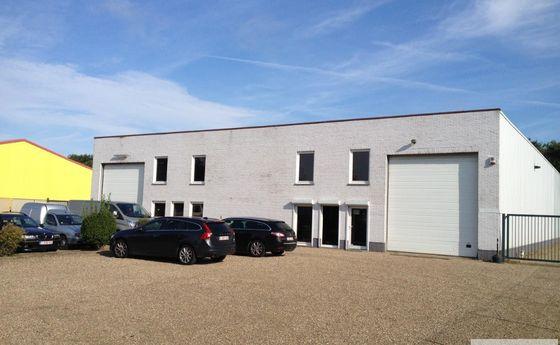 Industrieel gebouw te koop in Zonhoven