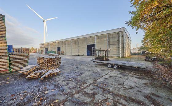 Industrieel gebouw te koop in Zutendaal