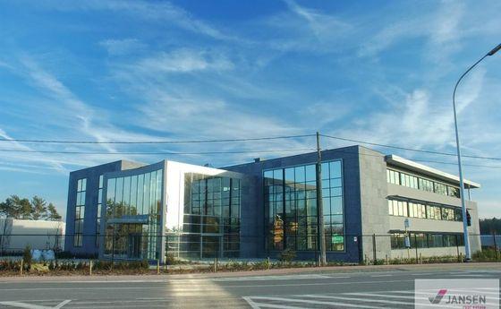 Kantoorgebouw te koop in Lummen